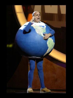 Фильм «Earth to America» (2005)