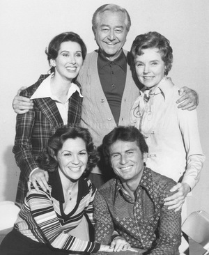 Фильм «Father Knows Best: Home for Christmas» (1977)