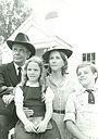 Серіал «Семья Холвак» (1975)